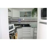 cozinhas planejadas para apartamento pequeno Parque São Domingos